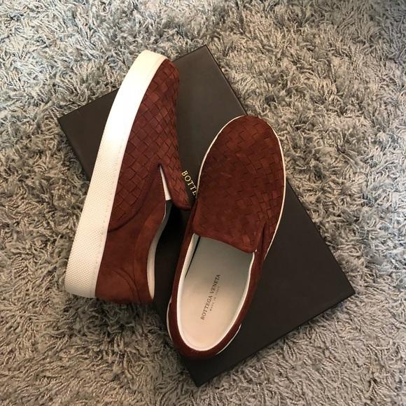 Bottega Veneta Mens Suede Sneakers